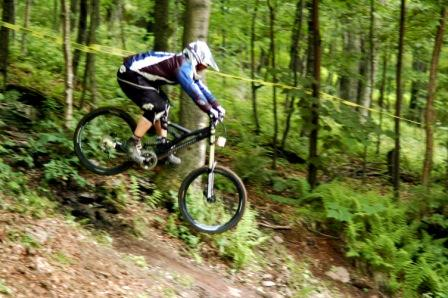 Battaglini_Downhill_happychain